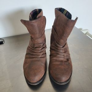 Chickadee boots by dirty laundry